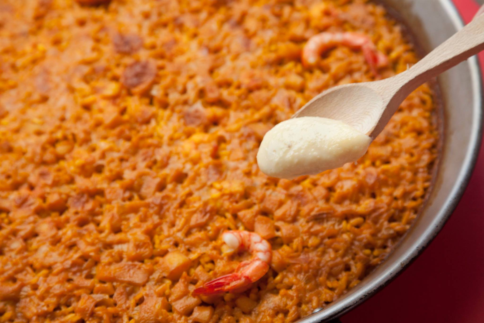 restaurante para reuniones de empresa en valencia - paella de marisco