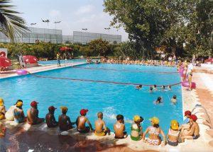 restaurante con piscina en Valencia - niños