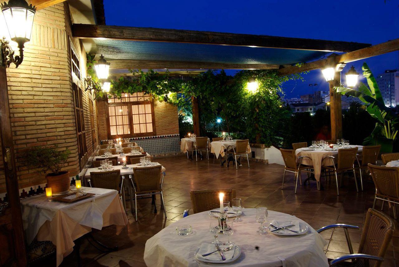 gastrobar en Valencia - terraza de noche