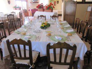 salones para celebraciones en Valencia - mesa decorada